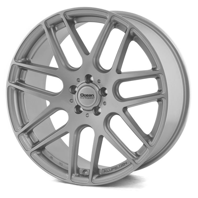 Ocean Caribien Silver 18x8,5 5/120 ET30 N72,6